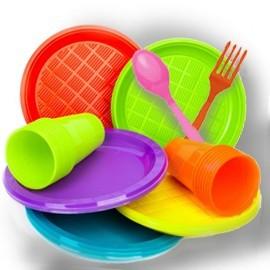 DESECHABLES: platos,vasos,serville...